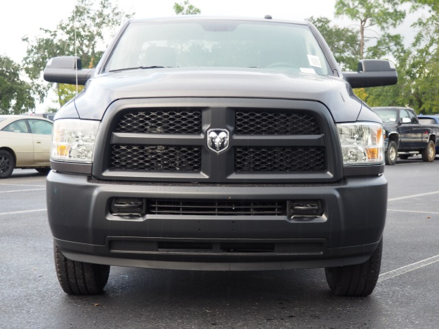 2018 Ram 3500 Regular Cab 4x2,  Pickup #780096 - photo 4