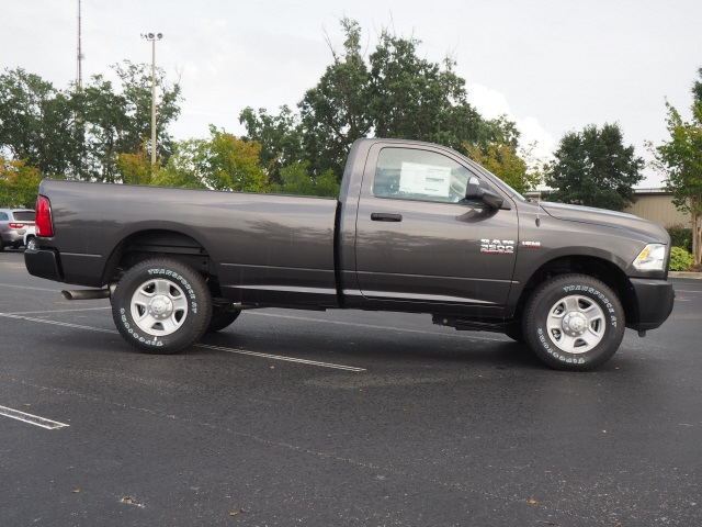 2018 Ram 3500 Regular Cab 4x2,  Pickup #780096 - photo 5
