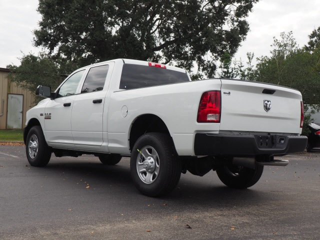 2018 Ram 3500 Crew Cab 4x2,  Pickup #780406 - photo 2