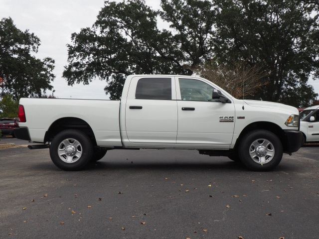 2018 Ram 3500 Crew Cab 4x2,  Pickup #780406 - photo 5
