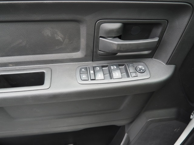 2018 Ram 3500 Crew Cab 4x2,  Pickup #780406 - photo 10