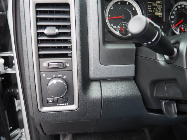 2018 Ram 3500 Regular Cab 4x4, Pickup #78382 - photo 10