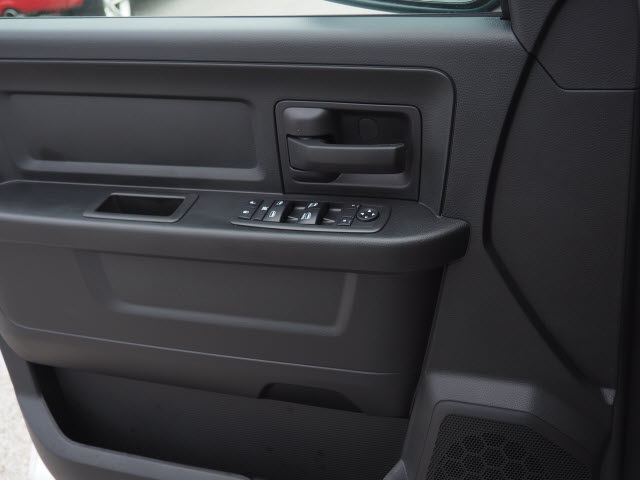 2018 Ram 1500 Quad Cab, Pickup #78409 - photo 10