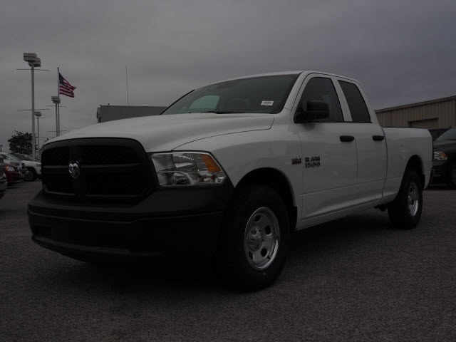 2018 Ram 1500 Quad Cab, Pickup #78409 - photo 7