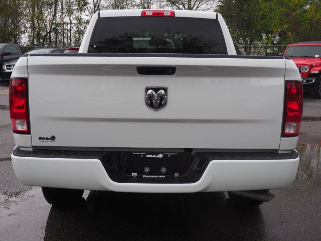 2018 Ram 1500 Crew Cab 4x2,  Pickup #78554 - photo 17