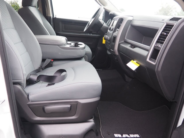 2018 Ram 1500 Crew Cab 4x2,  Pickup #78554 - photo 19