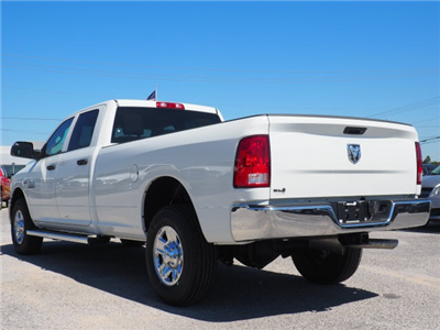2018 Ram 3500 Crew Cab 4x2,  Pickup #78589 - photo 15