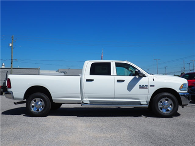 2018 Ram 3500 Crew Cab 4x2,  Pickup #78589 - photo 5