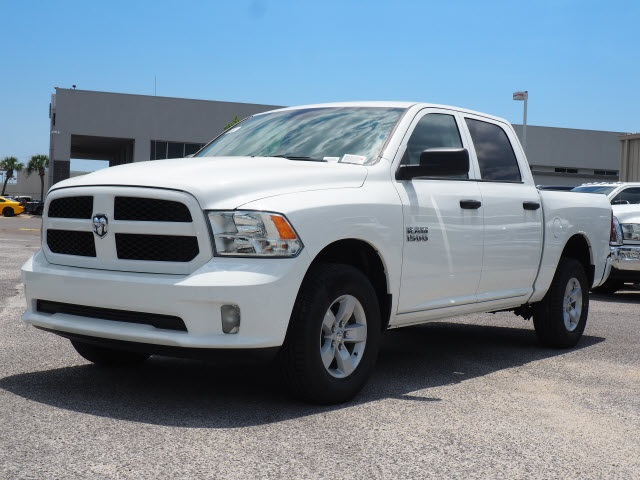 2018 Ram 1500 Crew Cab 4x4,  Pickup #78628 - photo 3