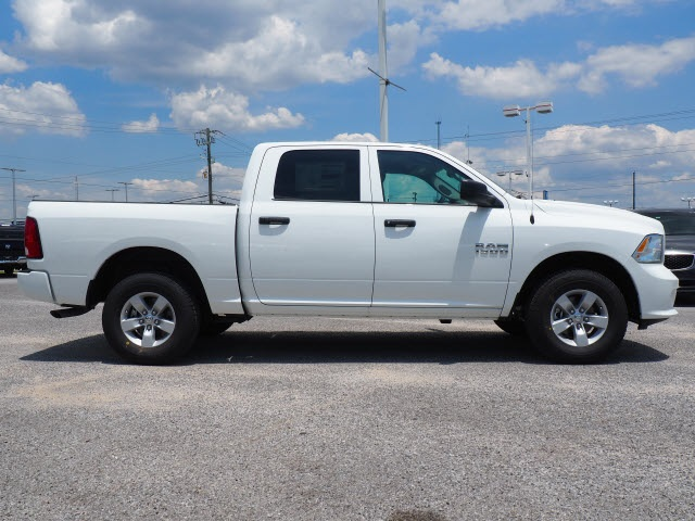 2018 Ram 1500 Crew Cab 4x4,  Pickup #78628 - photo 6