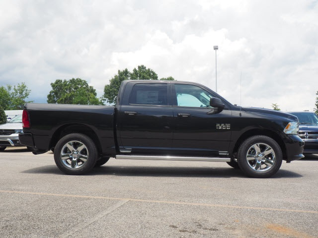 2018 Ram 1500 Crew Cab 4x4,  Pickup #78632 - photo 7