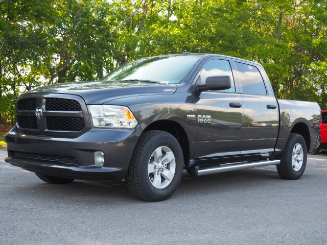 2018 Ram 1500 Crew Cab 4x2,  Pickup #78683 - photo 17