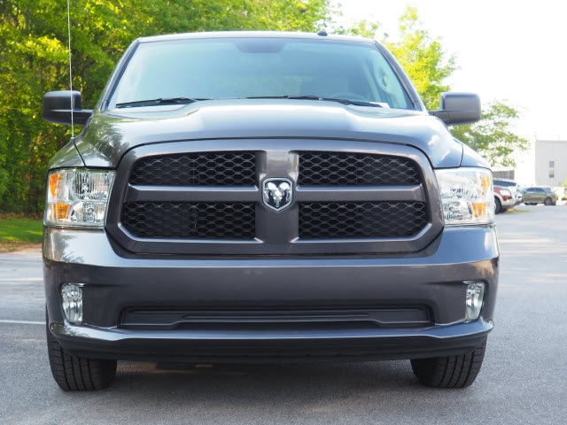 2018 Ram 1500 Crew Cab 4x2,  Pickup #78683 - photo 3