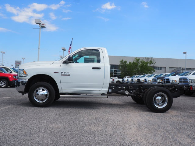 2018 Ram 3500 Regular Cab DRW 4x2,  Cab Chassis #78723 - photo 15
