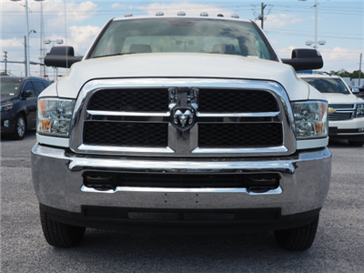 2018 Ram 3500 Regular Cab DRW 4x2,  Cab Chassis #78723 - photo 5