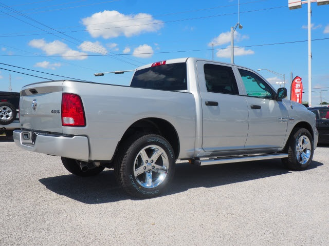 2018 Ram 1500 Crew Cab 4x4,  Pickup #78757 - photo 2