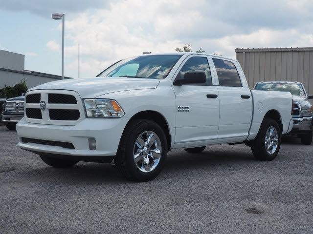 2018 Ram 1500 Crew Cab 4x2,  Pickup #78797 - photo 15