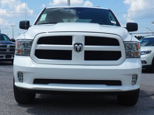 2018 Ram 1500 Crew Cab 4x2,  Pickup #78797 - photo 3