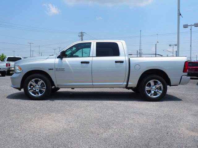 2018 Ram 1500 Crew Cab 4x2,  Pickup #78814 - photo 14