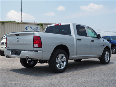 2018 Ram 1500 Crew Cab 4x2,  Pickup #78814 - photo 2