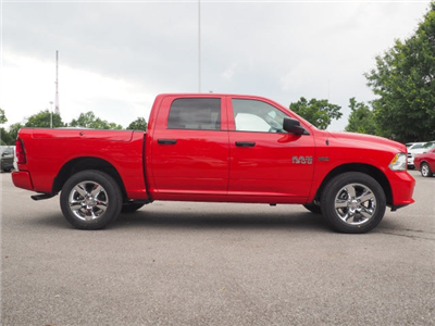 2018 Ram 1500 Crew Cab 4x4,  Pickup #78837 - photo 4