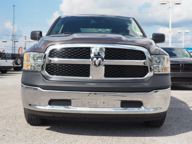 2018 Ram 1500 Quad Cab 4x2,  Pickup #78966 - photo 3