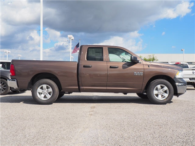 2018 Ram 1500 Quad Cab 4x2,  Pickup #78966 - photo 4