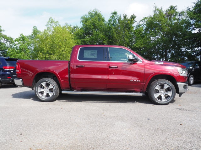 2019 Ram 1500 Crew Cab 4x4,  Pickup #79067 - photo 4