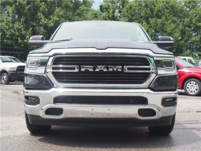 2019 Ram 1500 Crew Cab 4x2,  Pickup #79093 - photo 3