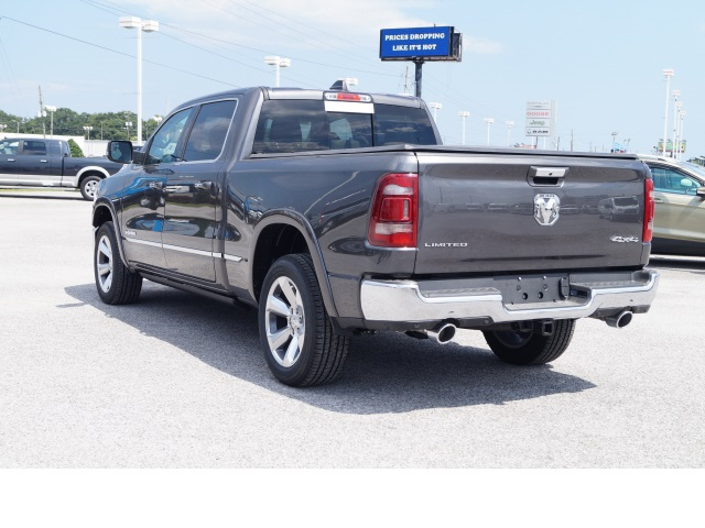 2019 Ram 1500 Crew Cab 4x4,  Pickup #79115 - photo 4