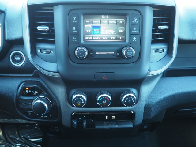 2019 Ram 1500 Crew Cab 4x2,  Pickup #79241 - photo 7
