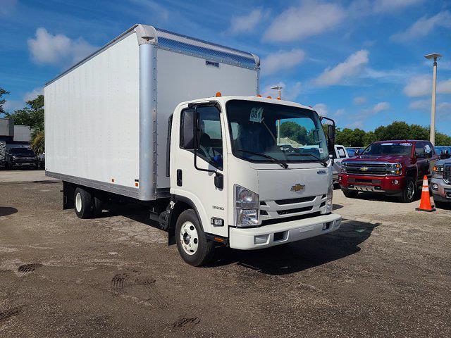 2020 Chevrolet LCF 3500 Regular Cab DRW 4x2, Knapheide KVA Dry Freight #CL02185 - photo 3