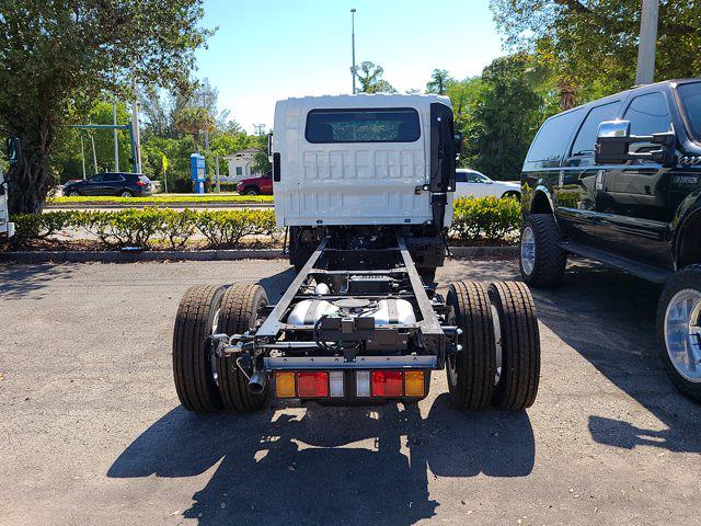 2021 Chevrolet LCF 4500 4x2, Cab Chassis #CM00581 - photo 8