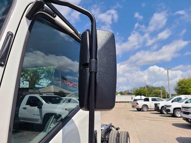 2021 Chevrolet LCF 4500 4x2, Cab Chassis #CM01176 - photo 15