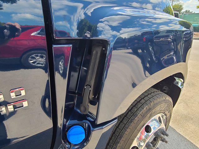2021 Chevrolet Silverado 5500 Regular Cab DRW 4x2, Cab Chassis #CM19934 - photo 51