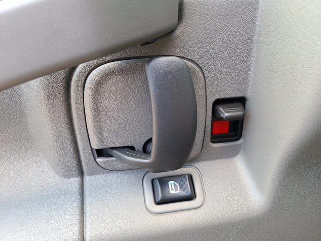 2021 Chevrolet Express 3500 4x2, Rockport Cutaway Van #CM24737 - photo 17