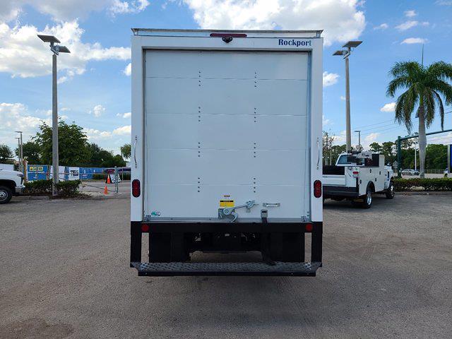 2021 Chevrolet Express 3500 4x2, Rockport Cutaway Van #CM24737 - photo 7