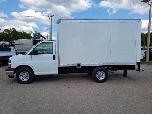 2021 Chevrolet Express 3500 4x2, Rockport Cutaway Van #CM24737 - photo 9