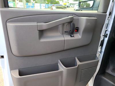 2021 Chevrolet Express 3500 4x2, Rockport Cutaway Van #CM24737 - photo 16