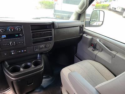 2021 Chevrolet Express 3500 4x2, Rockport Cutaway Van #CM24737 - photo 22