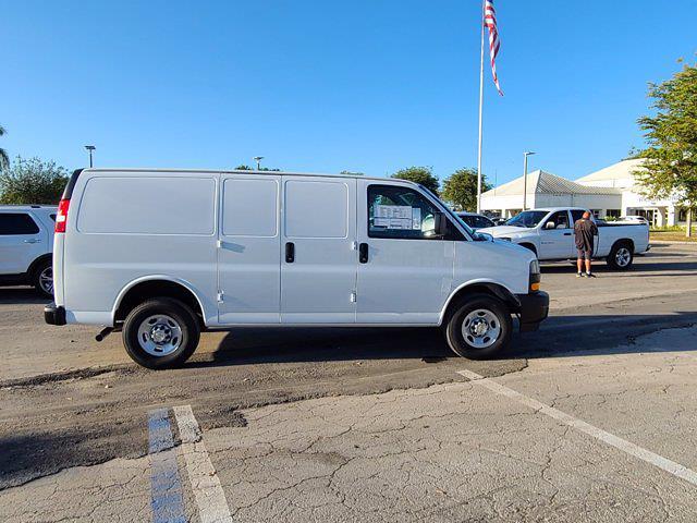 2021 Chevrolet Express 2500 4x2, Empty Cargo Van #CM27947 - photo 10