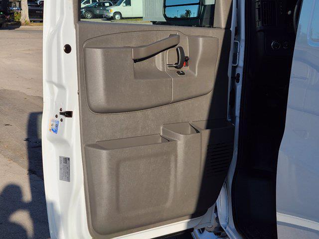2021 Chevrolet Express 2500 4x2, Empty Cargo Van #CM27947 - photo 14