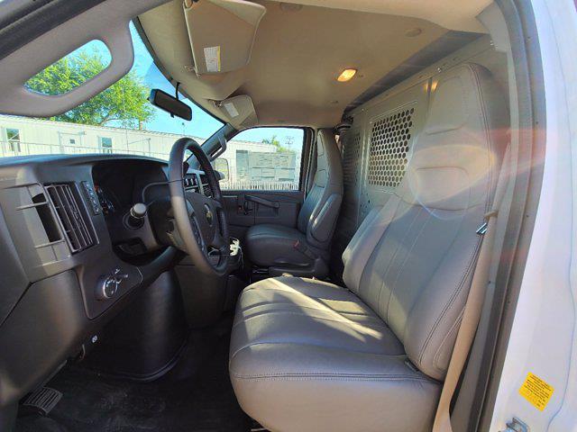 2021 Chevrolet Express 2500 4x2, Empty Cargo Van #CM27947 - photo 17