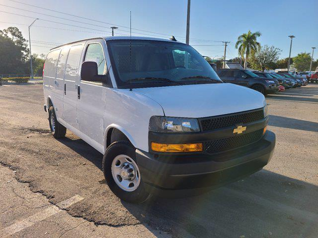 2021 Chevrolet Express 2500 4x2, Empty Cargo Van #CM27947 - photo 4