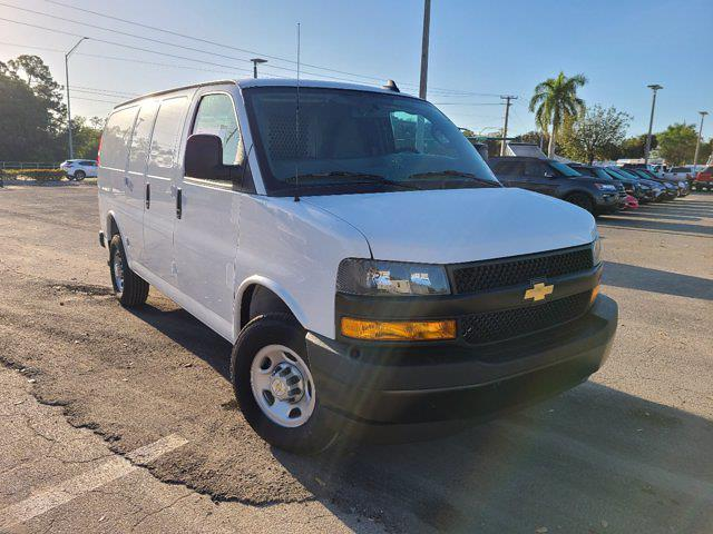 2021 Chevrolet Express 2500 4x2, Empty Cargo Van #CM27947 - photo 1
