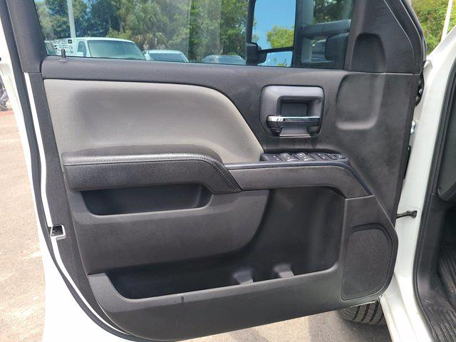 2015 Chevrolet Silverado 3500 Crew Cab 4x4, Service Body #CM28162A - photo 17