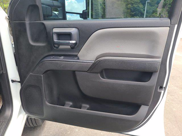 2015 Chevrolet Silverado 3500 Crew Cab 4x4, Service Body #CM28162A - photo 76