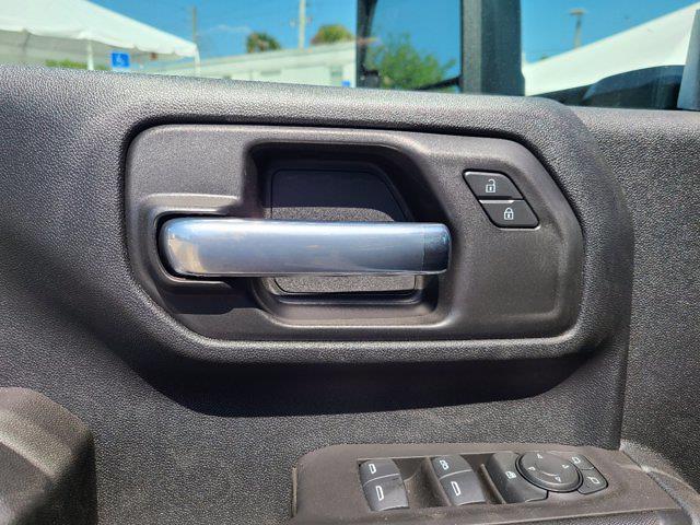 2021 Chevrolet Silverado 3500 Crew Cab 4x4, Reading SL Service Body #CM28267 - photo 18