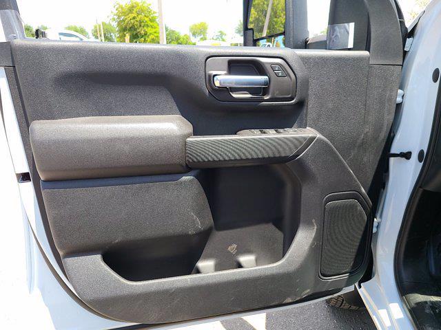 2021 Chevrolet Silverado 3500 Crew Cab AWD, CM Truck Beds Contractor Body #CM29530 - photo 16