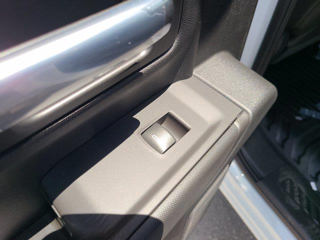 2021 Chevrolet Silverado 3500 Crew Cab AWD, CM Truck Beds Contractor Body #CM29530 - photo 44